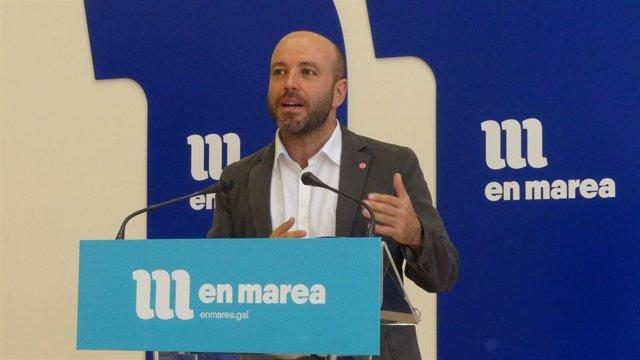 O portavoz de En Marea, Luís Villares, en rolda de prensa