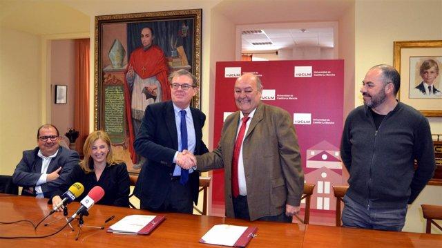 Convenio UCLM y Asociación para la Promoción del Vino de Calatrava