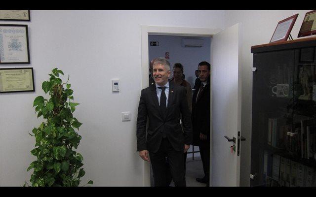 Marlaska recuerda que Puigdemont sería detenido si vuelve a España para testificar en el Supremo