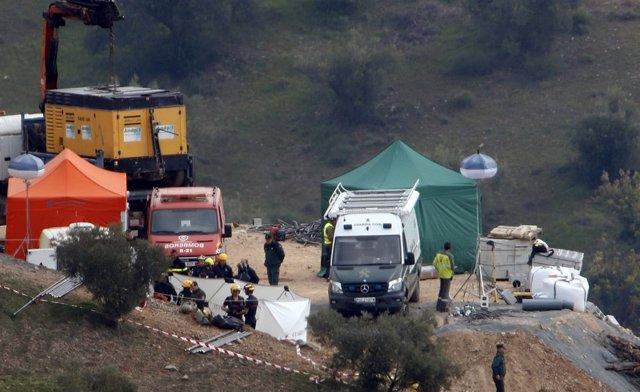 Operativo de rescate del niño caído en un pozo de Totalán