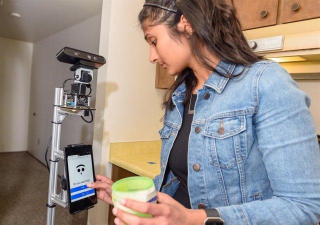 Un robot puede ayudar a los ancianos con demencia a vivir independientemente