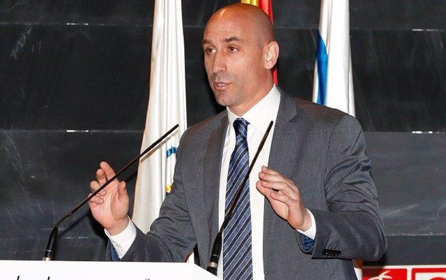 Rubiales: 'Es bueno que me llame Florentino, no hacerlo puede enquistar más las cosas'