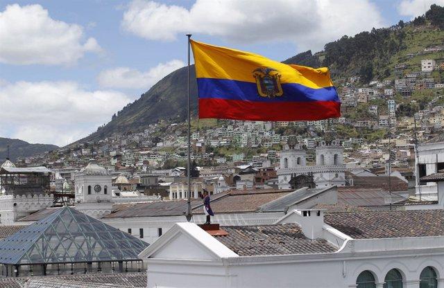 El Gobierno de Ecuador concretará la fusión de los ministerios en 90 días