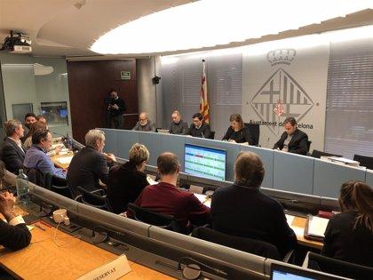El Gobierno de Colau mantiene las comisiones municipales aunque PDeCAT, ERC y CUP se van