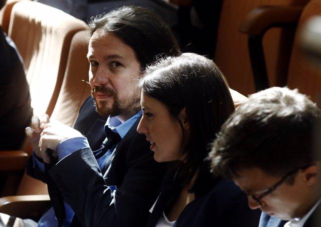 Pablo Iglesias, Irene Montero e Iñigo Errejón en el debate de la moción