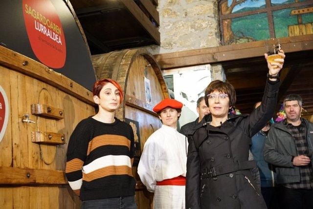 Olatz Arrieta abre la temporada de txotx en Gartziategi.