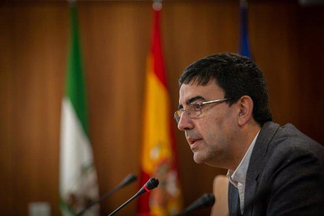 El portavoz del Grupo Socialista del Parlamento de Andalucía, Mario Jiménez