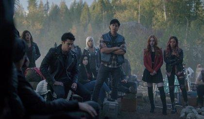 Riverdale retoma su 3ª temporada con una impactante muerte