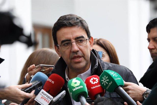 Mario Jiménez, este jueves