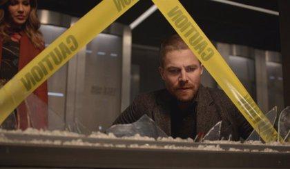 Tráiler del regreso de Arrow: Oliver sale de prisión y vuelve a ser Green Arrow