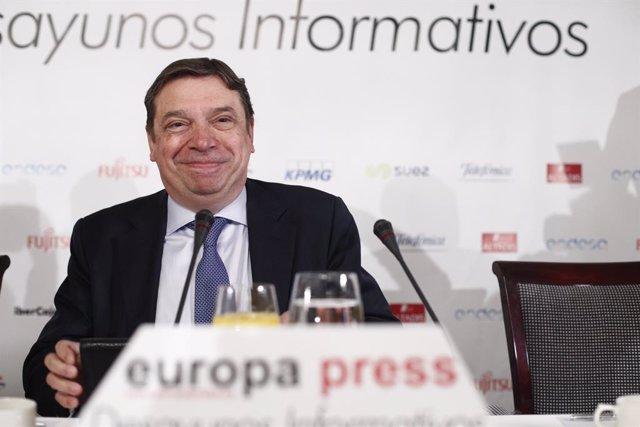 Esmorzar Informatiu d'Europa Press amb el ministre d'Agricultura, Luis Planas
