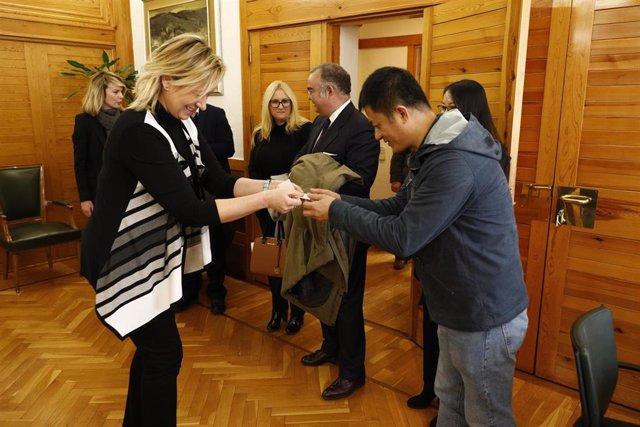 Aragón afianza su colaboración en logística con el operador chino Cosco