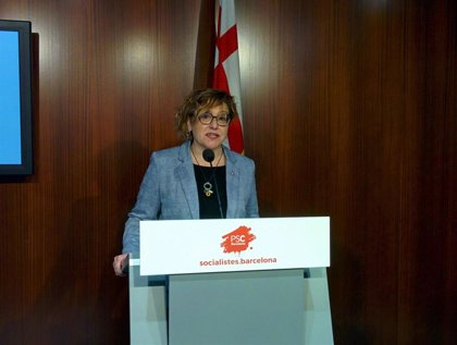 El PSC pide a Colau investigar presuntas interferencias en operativos contra el 'top manta'
