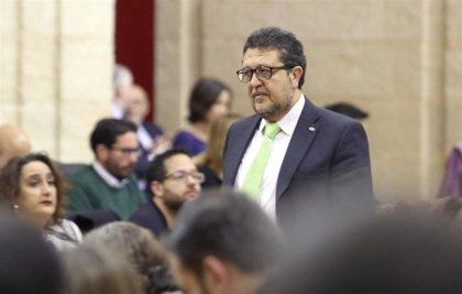 Piden a la Fiscalía investigar 'tuits' del portavoz de Vox en Andalucía por un posible delito de odio
