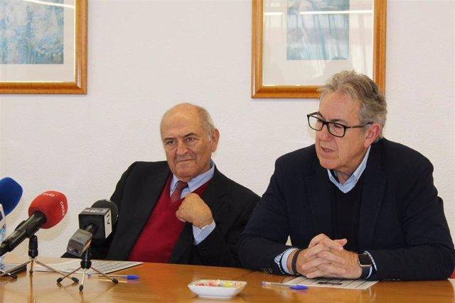 José Antonio Marina, a la izquierda