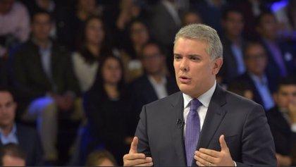 """Iván Duque sobre la explosión en Bogotá: """"Colombia no se doblega ante la violencia"""""""