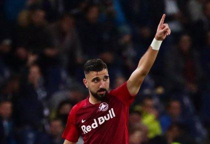 El Sevilla anuncia el fichaje del israelí Dabbur para la próxima temporada