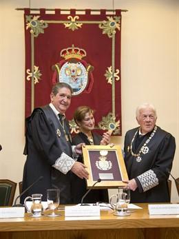 Entrega de la Medalla de Honor del Colegio de Abogados de Sevilla