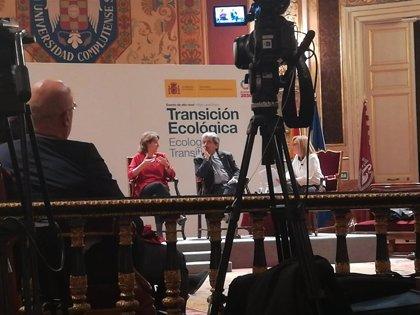 """Ribera dice que la Ley de Cambio Climático estará """"enseguida"""": """"Estamos peinándola y poniéndole los colorines"""""""