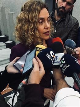 La ministra Meritxel Batet tras la reunión con el presidente de Canarias