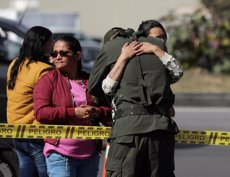 Ascendeixen a 20 els morts per l'explosió d'un cotxe bomba en una escola de la Policia de Bogotà (REUTERS / LUISA GONZALEZ)