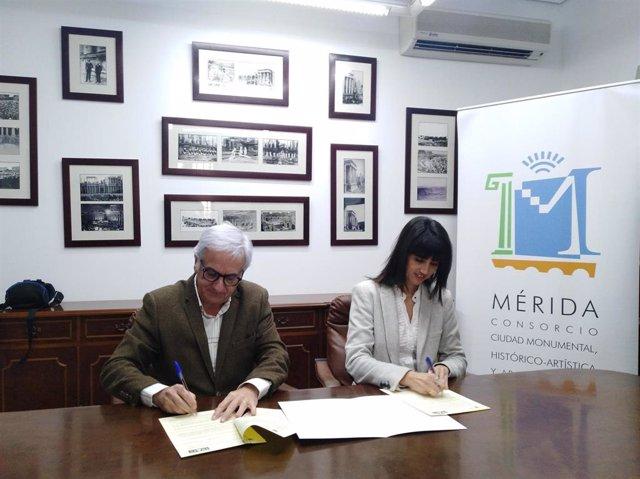 Firma del convenio entre el Consorcio de Mérida y el Colegio de Arquitectos