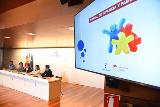 Presentación portal Infancia y Familia de Bienestar Social a asociaciones