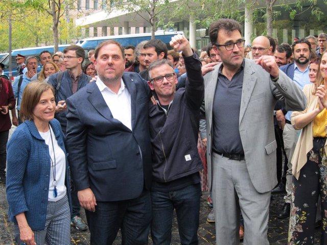 Josep Maria Jové (centro), C.Forcadell, O.Junqueras y L.Salvadó
