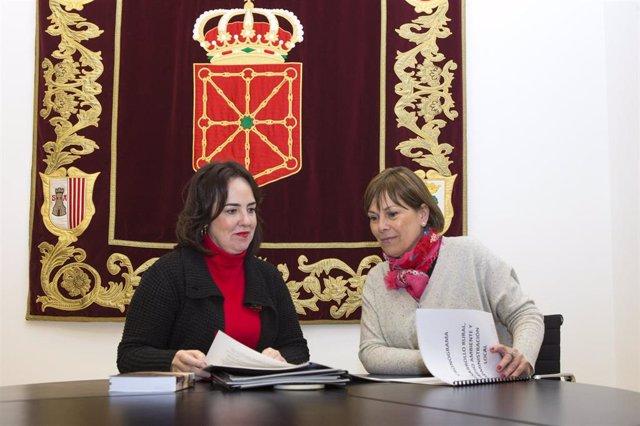Ainhoa Aznárez y Uxue Barkos.