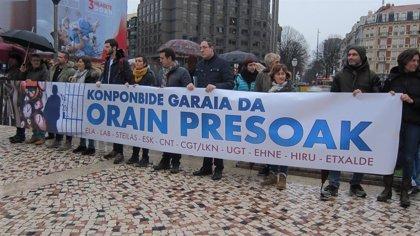 """Diez sindicatos vascos piden al Gobierno """"valentía"""" respecto a los presos de ETA y que cumpla """"sus propias leyes"""""""