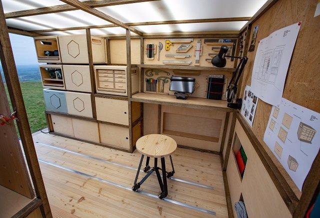 Prototipo de furgoneta taller de carpintería de Nissan