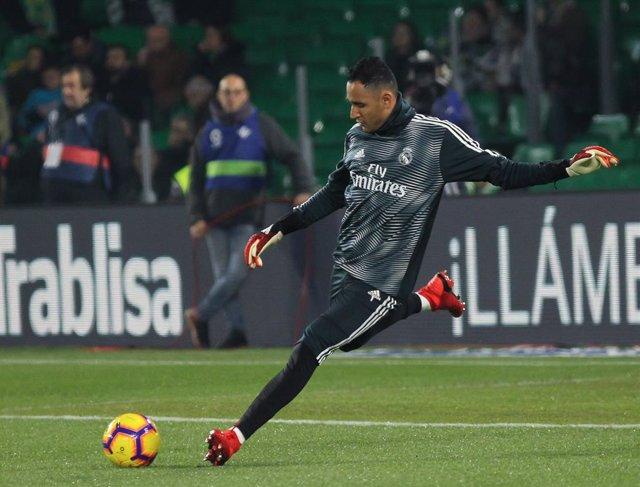Soccer: La Liga - Betis v Real Madrid