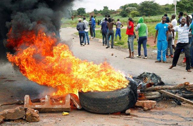 Barricadas en las calles de Harare