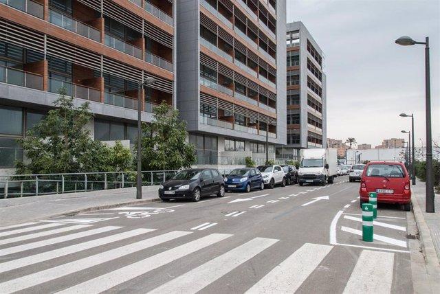 Reordenación de aparcamiento en Vara de Quart