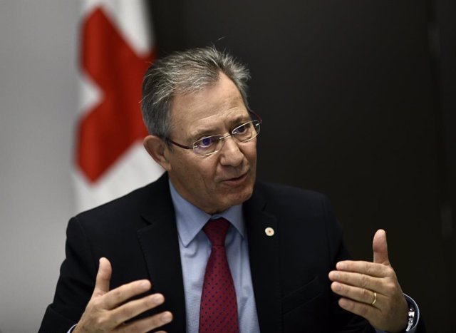 Entrevista de Europa Press al presidente de Cruz Roja Española, Javier Senent Ga