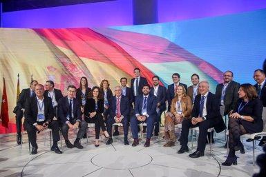 Casado i candidats a les eleccions comparteixen el discurs de Rajoy cridant a allunyar-se de sectaris i doctrinaris (Ricardo Rubio - Europa Press)