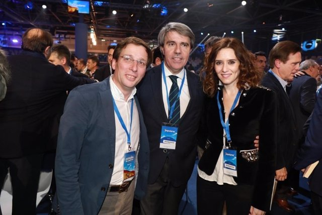 Garrido con Díaz Ayuso y Martínez Almeida en la Convención Nacional del PP
