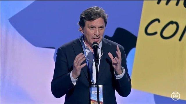 El candidat del PP a Cort, Mateo Isern, a Madrid