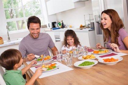 Por qué se recomienda hacer 5 ingestas de comida al día y no 3