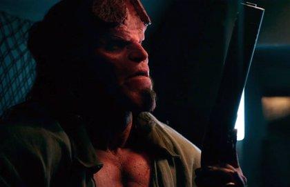 """David Harbour: El nuevo Hellboy """"es un asesino"""""""