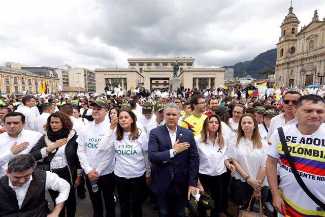 Manifestación tras un atentado del ELN en Bogotá