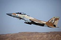 Almenys onze morts pels atacs d'Israel a Síria, segons l'Observatori Sirià (REUTERS / AMIR COHEN)