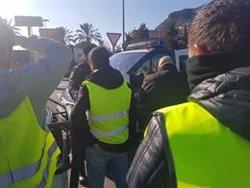 Ferit un agent de la Guàrdia Civil durant la manifestació de taxistes a Barcelona (Europa Press)