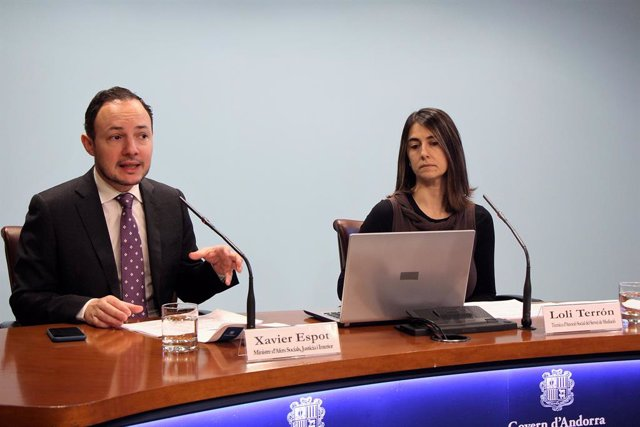 Xavier Espot (ministre d'Andorra) Loli Terrón (Servei de Mediació)