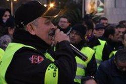 Els taxistes es plantegen bloquejar la frontera amb França en col·laboració amb els armilles grogues (ACN)