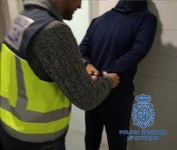 Detingudes 11 persones i desarticulat un dels laboratoris de cocaïna més grans d'Europa al Puig (València) (POLICÍA NACIONAL)