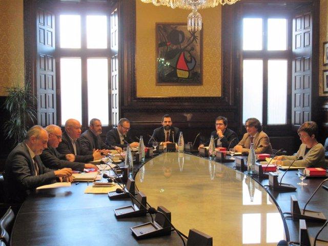Reunió de la mesa del Parlament.