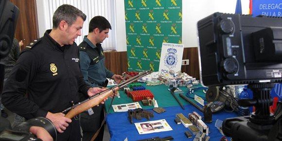 6. Detenidos cinco integrantes de un grupo especializado en atracos con armas a comercios de la Región