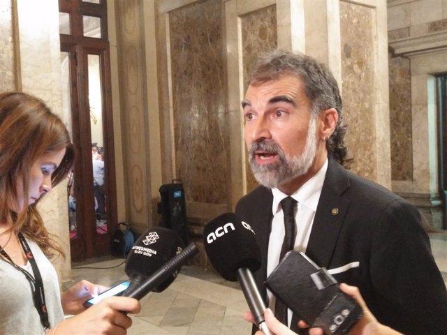 El president d'mnium J.Cuixart en el Parlament