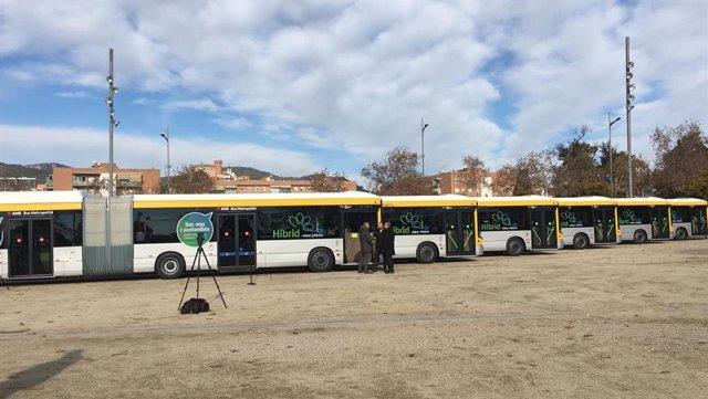 L'AMB inaugura a Castelldefels (Barcelona) la línia Exprés I97 i millores en la